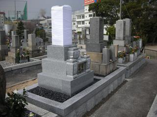 二軒の墓所石積工事