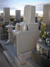 墓誌を取り付け致しました